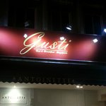 ‪GUSTI Bed & Breakfast Singapore‬