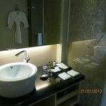 Bathroom and it's amenities