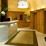 Hotel Paris Neuilly