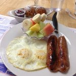 eggs and chicken apple chicken sausage and fruit cup