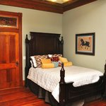  Parlor Suite bedroom