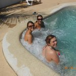  Jacuzzi in the pool 62036090 62036090