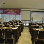  meeting room with 20-200 seat capacity