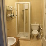  Ensuite Shower Room - room 8