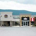 ‪BEST WESTERN Williamsport Inn‬