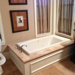 Texas Star Suite - The Worlds Best Bath