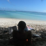  Relax on Raro&#39;s most loved beach