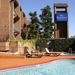Camarillo Executive Inn & Suites