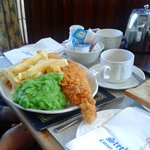 Medium haddock, chips, peas, bread and a cuppa!