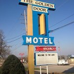 The Golden Door Motelの写真