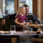 Family friendly dining in Manzanita