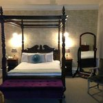 Lovely Room at The Alverton