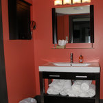 Stoneridge Suite vanity room
