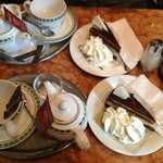 English breakfast tea and Mozart cake (Chocolate, nougat and cream)