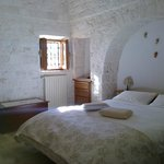 Bedroom in trullo/camera letto del trullo