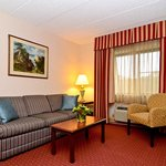 ‪BEST WESTERN PLUS Murray Hill Inn & Suites‬
