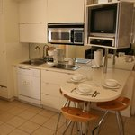  Crescent Suites Kitchen