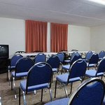  Conference room is 1000 sq. ft., perfect for small meeting.  Call hotel for rental information.
