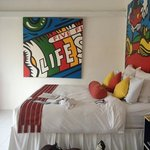  bed and quirky canvas
