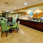 Breakfast Bar Holiday Inn Express Owego