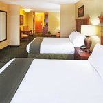  Holiday Inn Express and Suites Double Mini Suite
