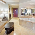  Jacuzzi Room