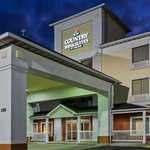 Country Inn & Suites OFallon  ExteriorNight