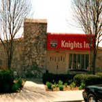  Welcome To Knights Inn Richmond