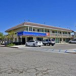 Motel 6 Bakersfield - Buttonwillowの写真