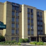 Jameson Suites of Arlington Heights