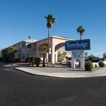 Welcome To The Travelodge Lake Havasu City