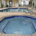 Davenport Staybridge Suites Swimming Pool