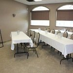  Meeting Space Available At The Days Inn - Swift Current
