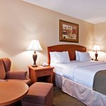 Holiday Inn Express Metrotown King Bed Standard Floor