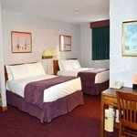 Howard Johnson Hotel Cornwall
