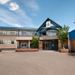  Welcome to the Travelodge Edmonton East