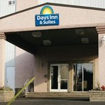  Welcome to the Days Inn and Suites Yellowknife
