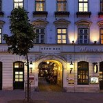 ‪Mercure Grand Hotel Biedermeier Wien‬