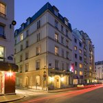 Photo de Hotel Romance Malesherbes
