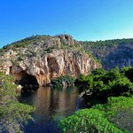 Location Vouliagmeni Lake