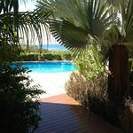  Beautiful landscaped areas/pool