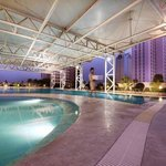 Swimming Pool - Crowne Plaza Foshan