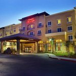 ‪Hampton Inn & Suites Lodi‬