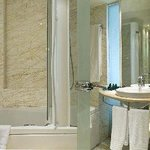 Melia Athens Bath Room