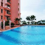 Marina Court Resort Condominium's Block C & D swimming pool