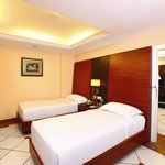  Pride Biznotel Emarald, Kochi Room