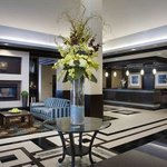  Elegant and Modern Lobby