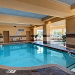 In-door Pool & Whirlpool