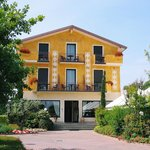 Photo of Hotel Riel Sirmione