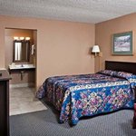 Concorde Inn Suites Pekin Room